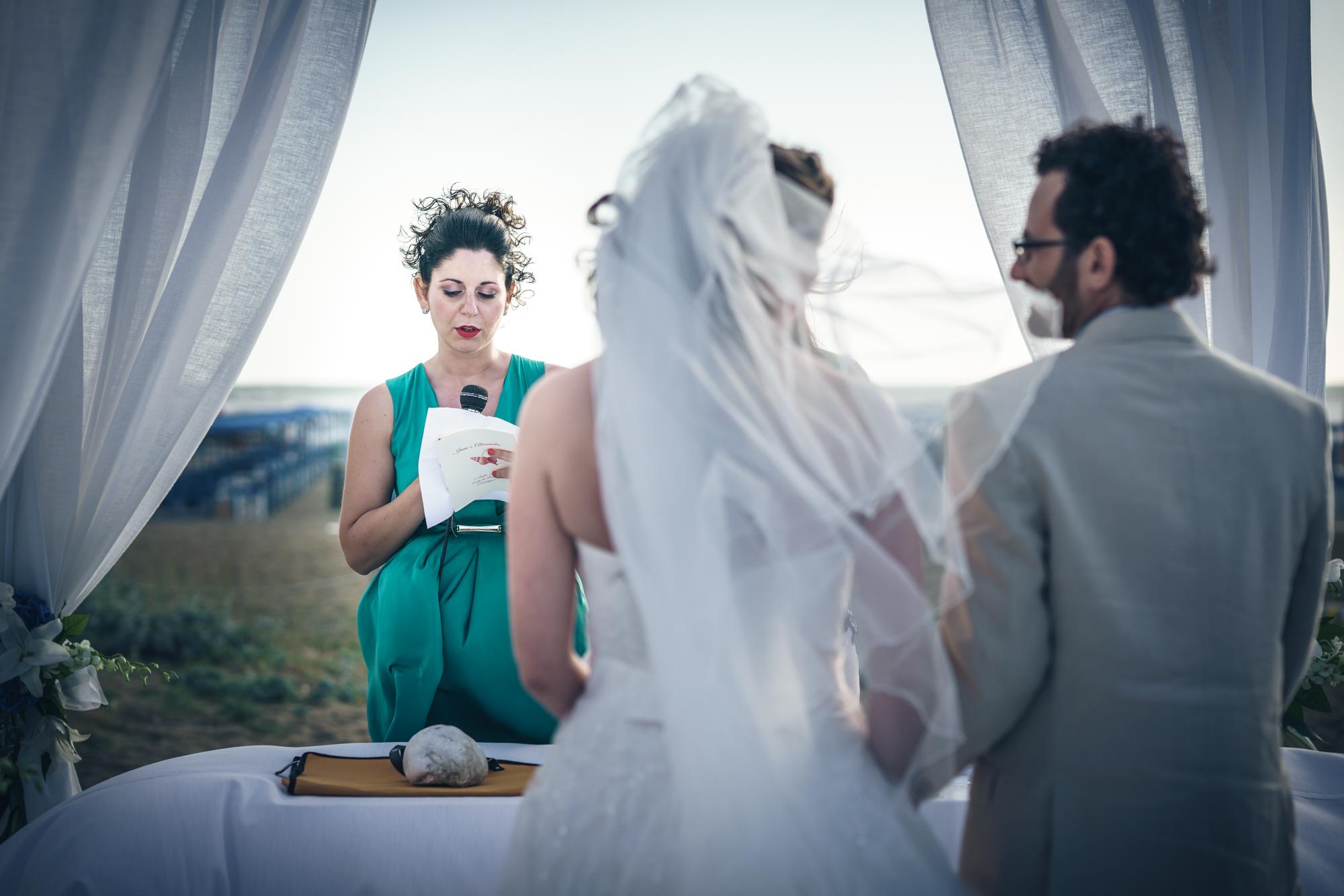 Matrimonio Spiaggia Viareggio : Fotografo matrimonio viareggio costa dei barbari